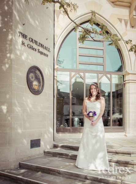 Bride Outside Northampton Guildhall