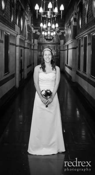 Bride inside Northampton Guildhall